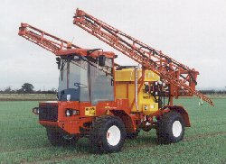 5D with 24m, steel boom sprayer